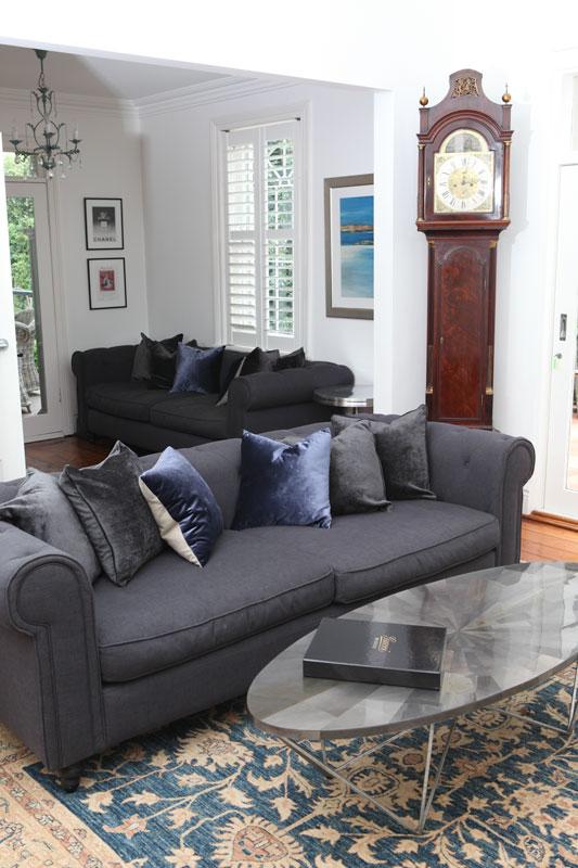 lounge-clock.jpg
