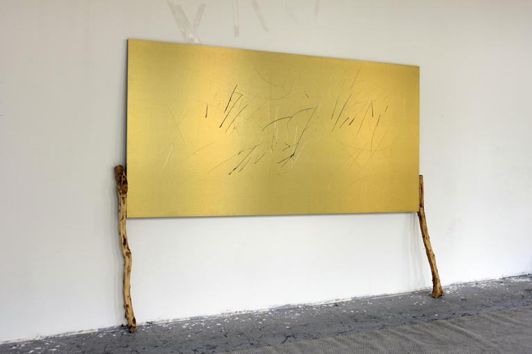 Yang Xinguang 杨心广, Golden No.8 金色8, 2014, Aluminium plastic board, iron and wood 铝塑板 、木、铁, 260 x 202 x 36 cm