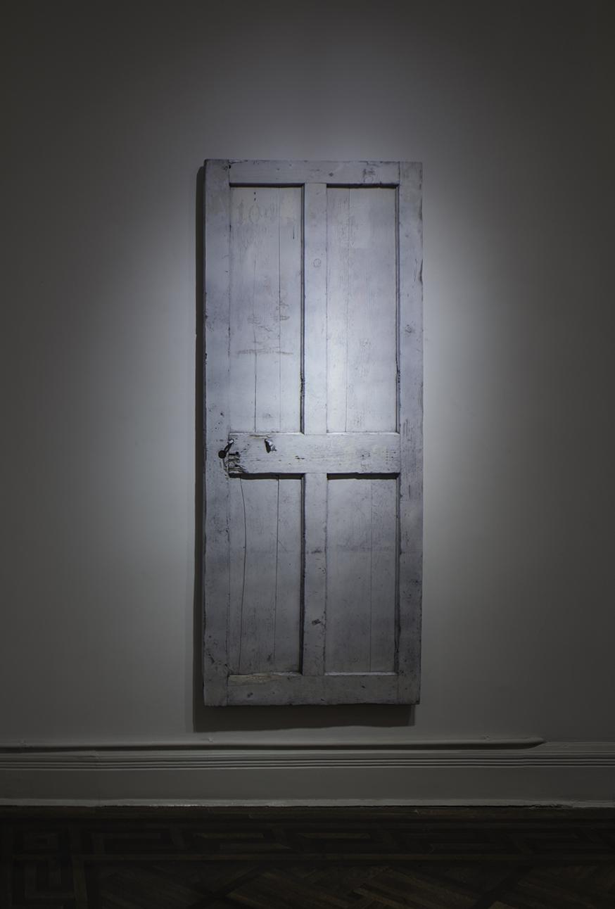 Chen Yujun 陈彧君, The Second Door 第二道门, 2015, Wood, iron parts and paint 木材、铁件, 油漆, 200 x 80 x 4 cm