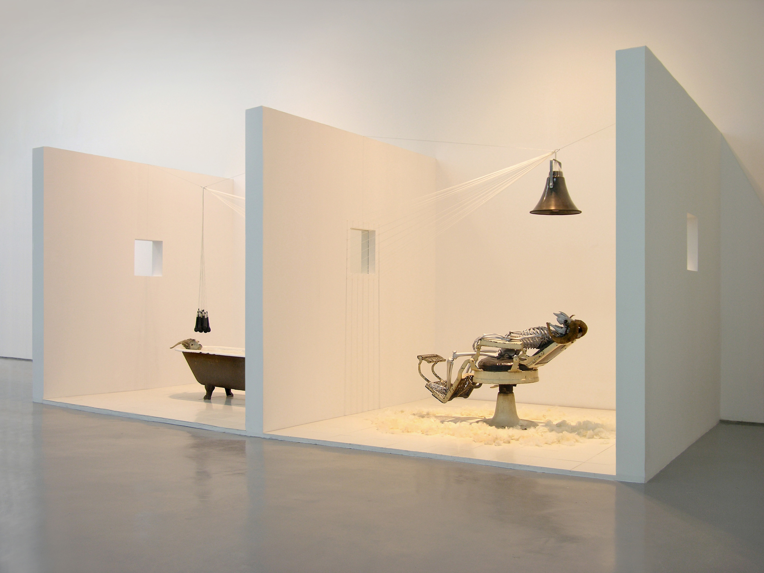 Gao Lei 高磊, NS24, Mixed media installation 综合材料装置, 2011, 660 x 300 x 2800 cm