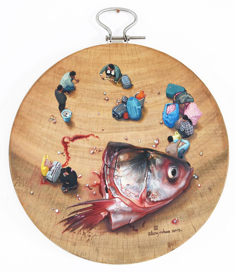 Zhou Jinhua 周金华, Fish 鱼, 2017, Acrylic and oil on chopping board 油彩、丙烯、砧板, D38 cm