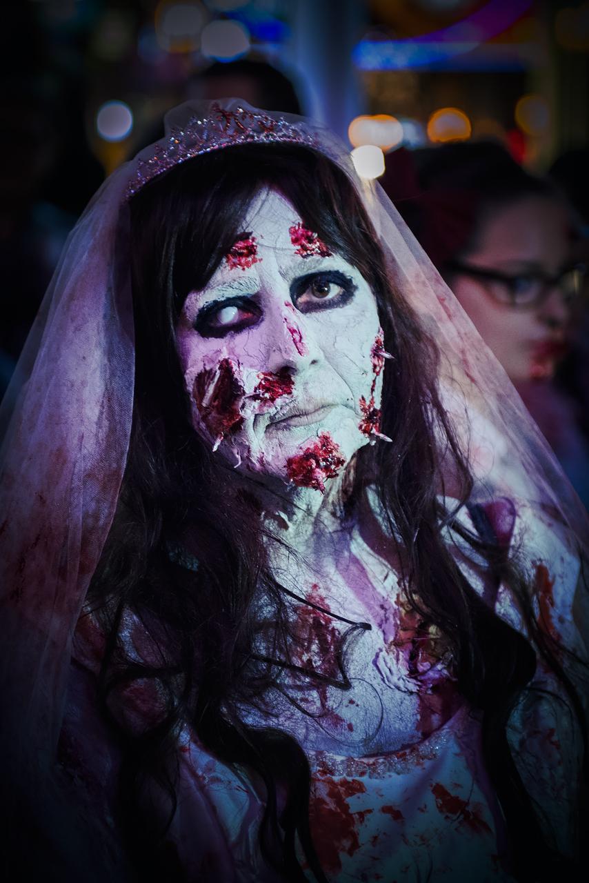 Zombie_Walk_Essen_2014_20141031_0013_1280px.jpg