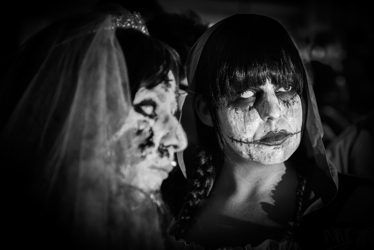 Zombie_Walk_Essen_2014_20141031_0016_1280px.jpg