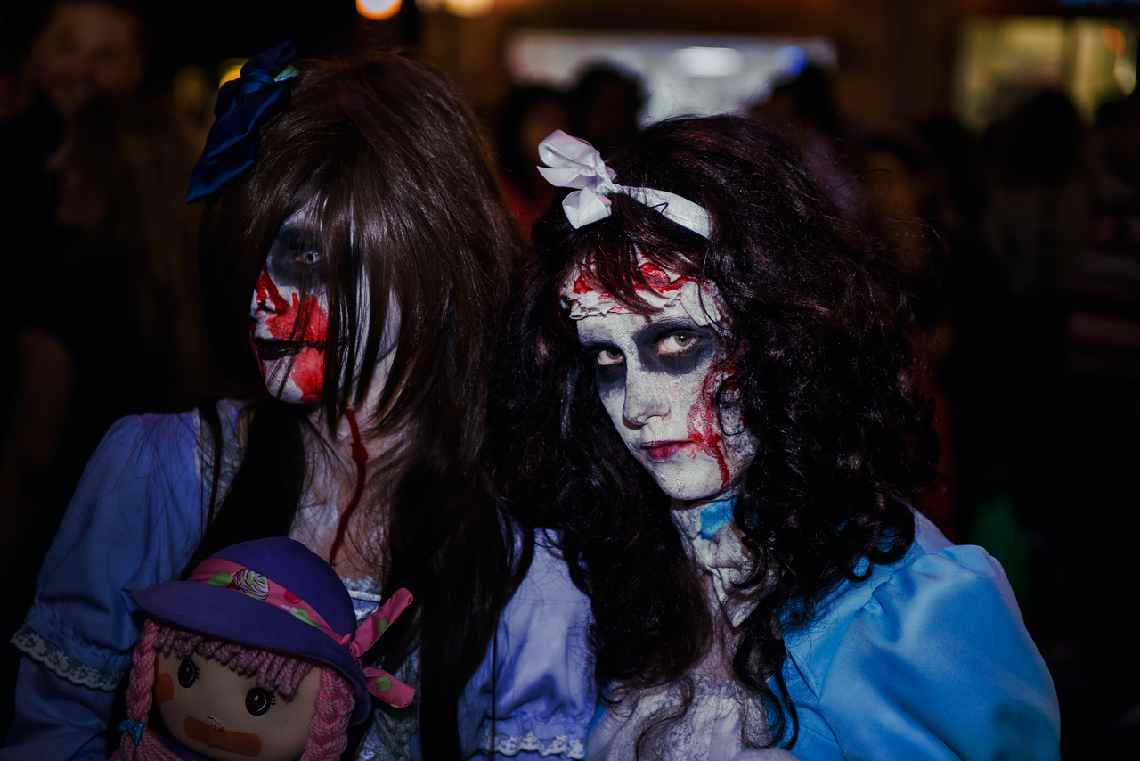Zombie_Walk_Essen_2014_20141031_0052_1280px.jpg