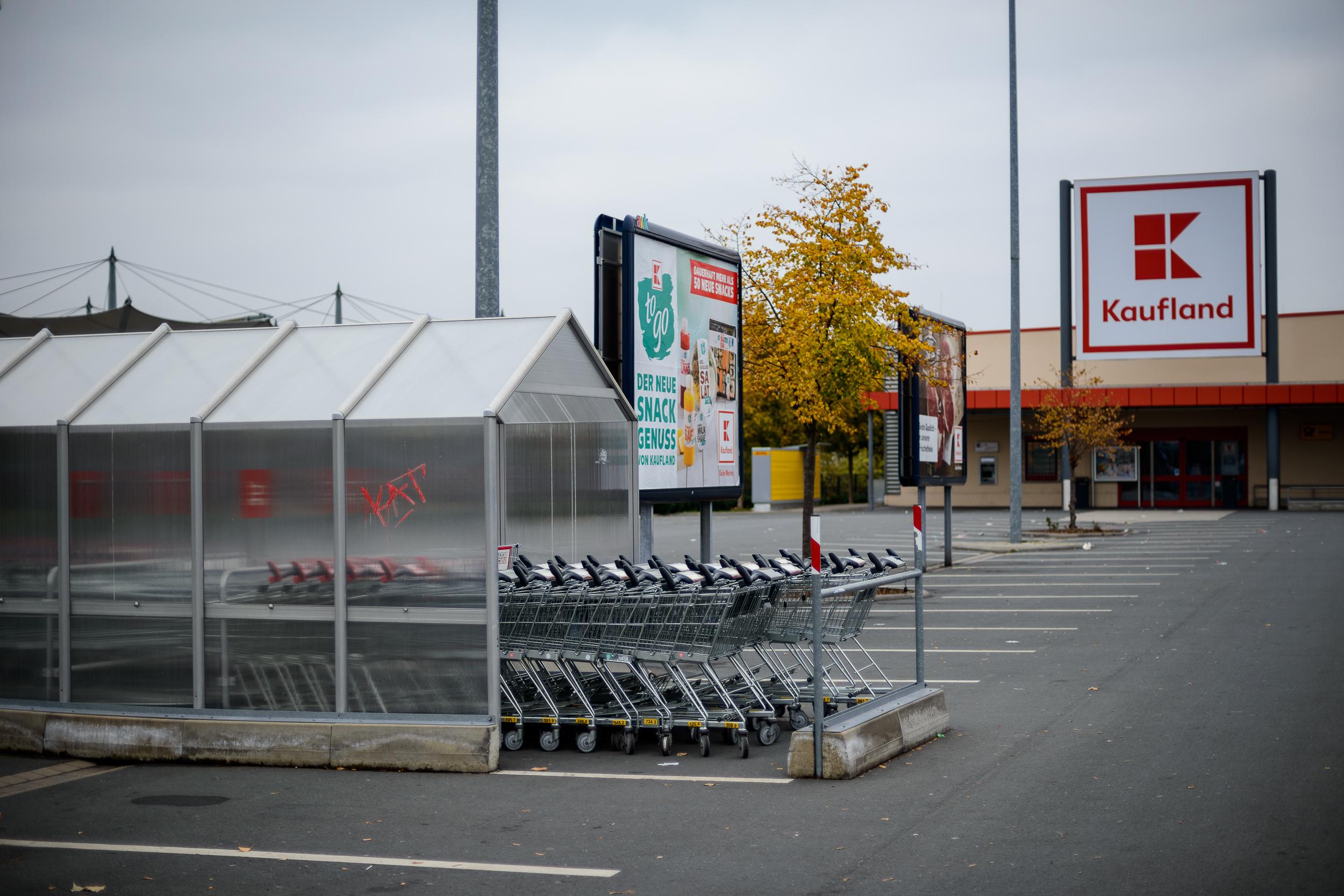 Supermarkt-Parkplatz_Kaufland_20181104_0053_2500px.jpg