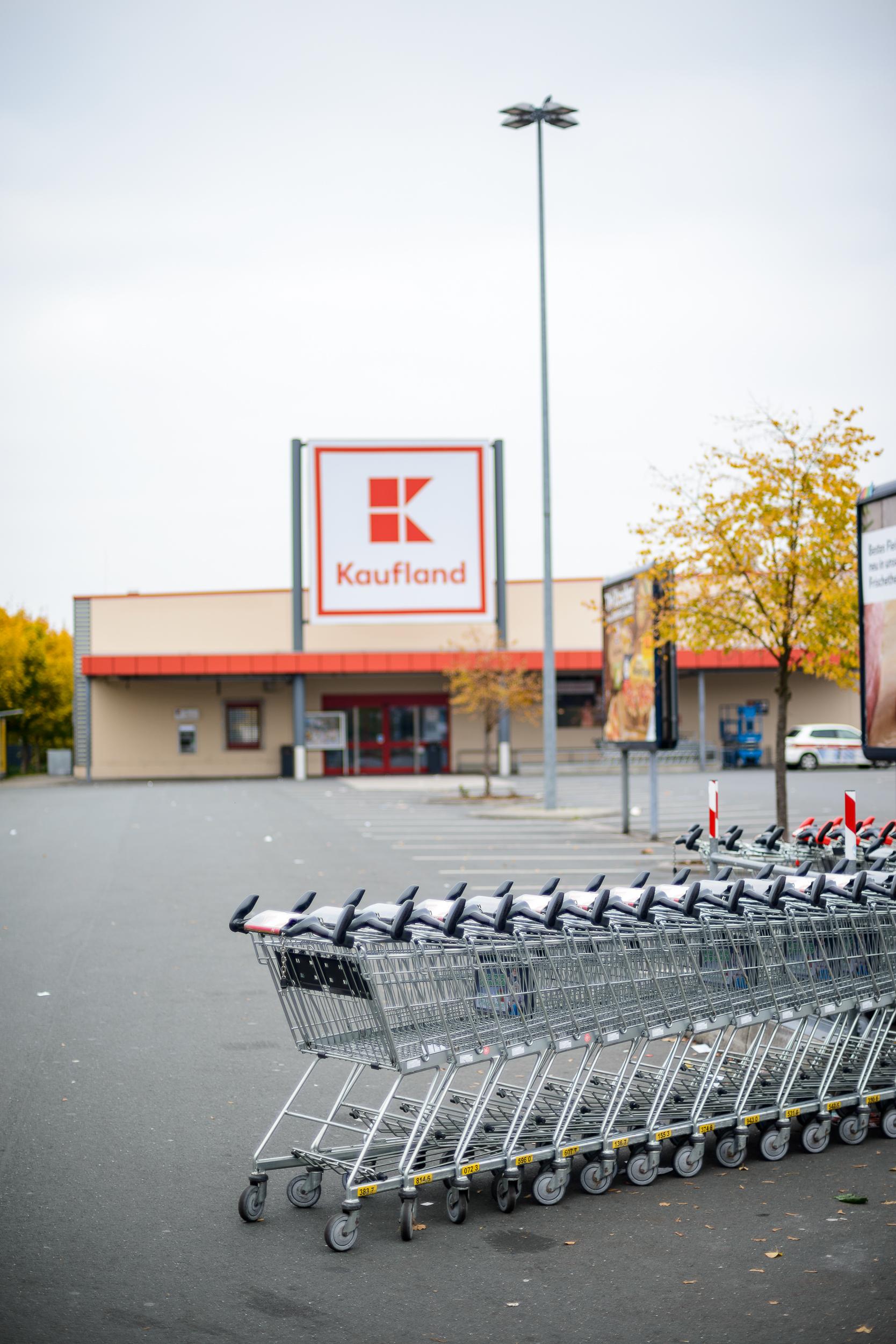 Supermarkt-Parkplatz_Kaufland_20181104_0049_2500px.jpg