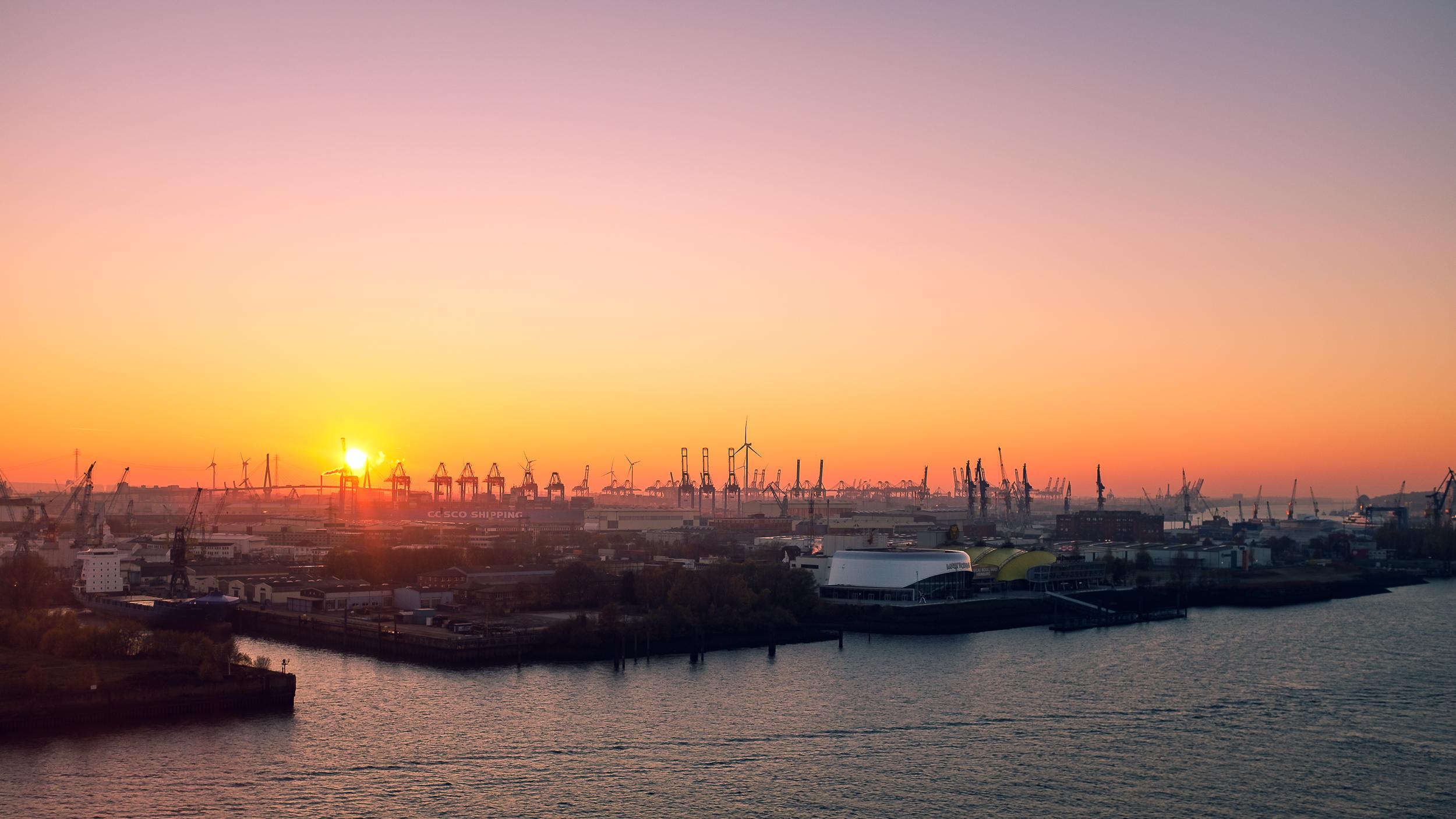 Elbphilharmonie-Hafen_20181116_0014_2500px.jpg
