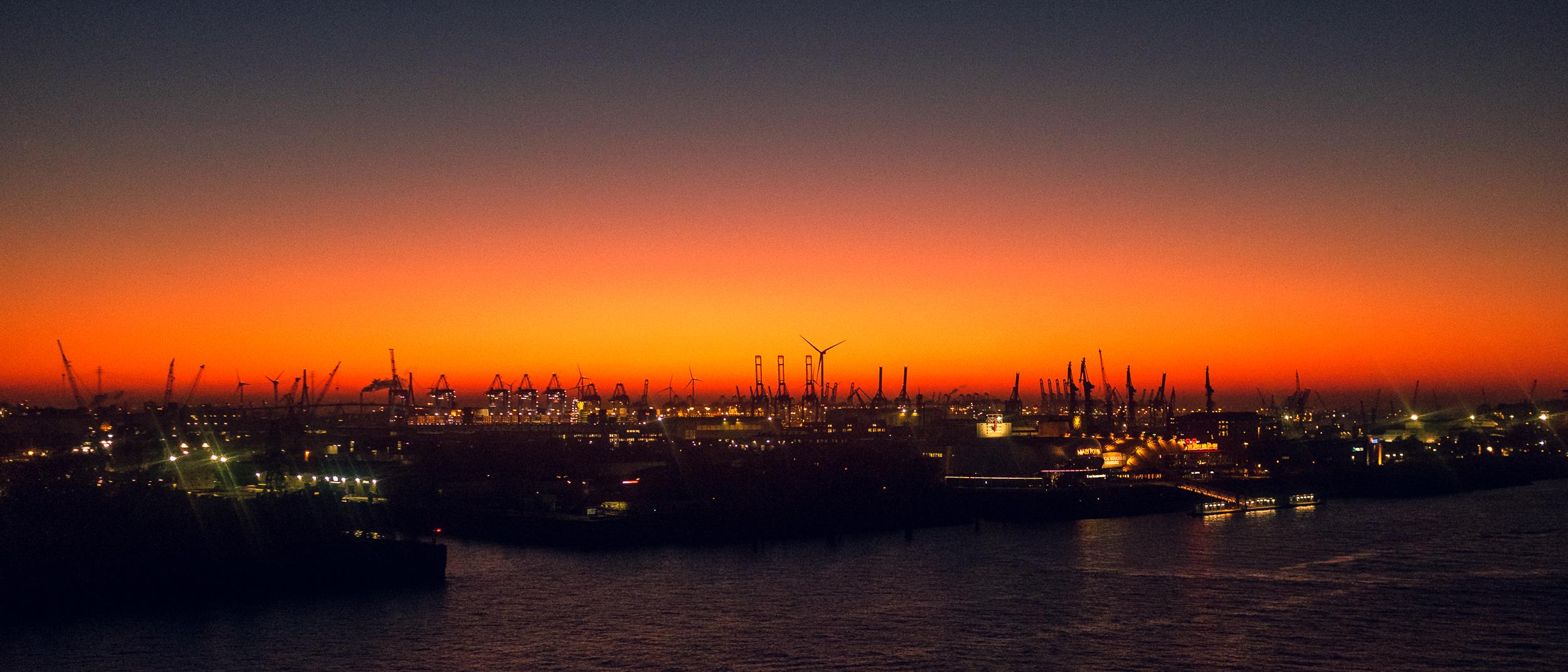 Elbphilharmonie-Hafen_20181116_0039_2500px.jpg