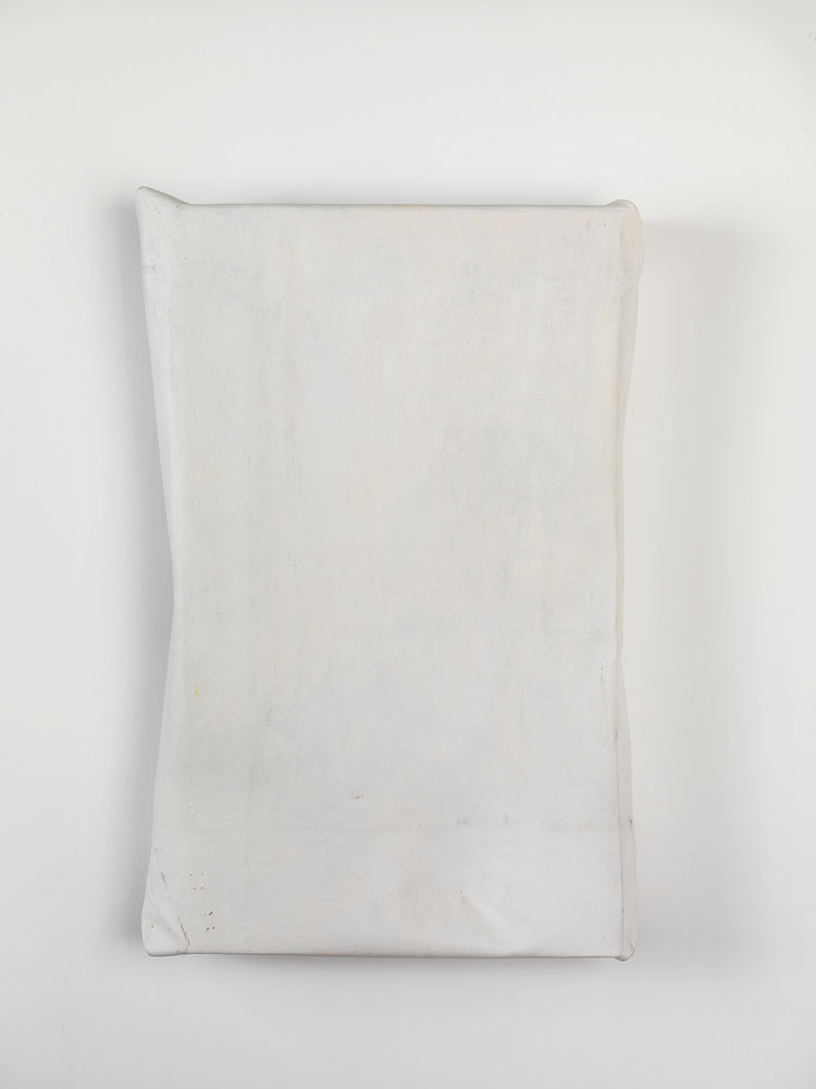 Folded-over Painting (gray/white) ,  2011 oil, wax, canvas, wood cm 55 x 35 x 10 ca.
