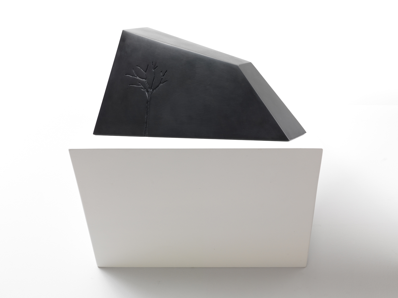 m- arbre3 ,2012 marmo nero di Belgio/black belgian marble
