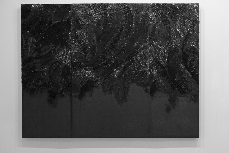 Senza titolo , 2012 legno, stucco, smalto lucido cm. 120x161x7