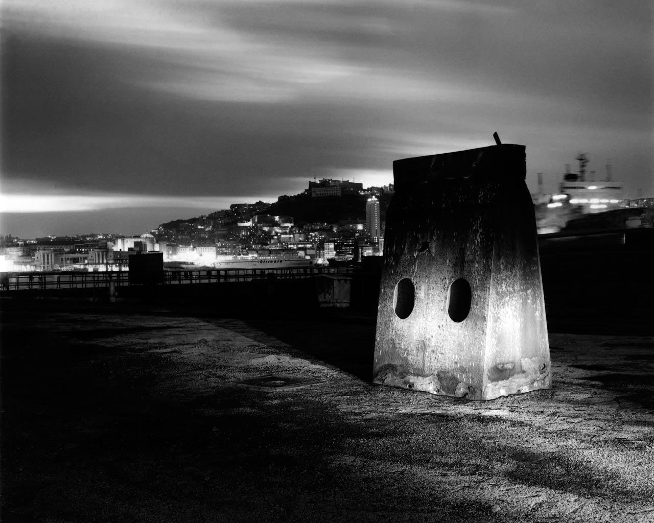 Cantieri, porto di Napoli, 2001 Stampa digitale su carta Hahnemuhle, cm 100x120 / cm 120x140 (ed. 6 + 1AP)