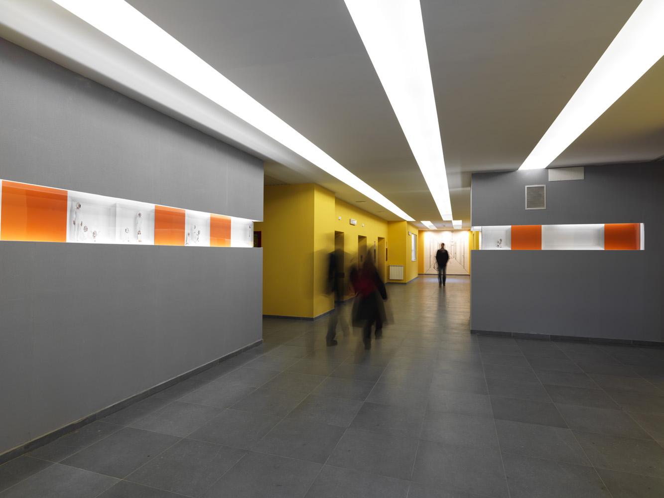 LIGHT, 2009    installazione permanente / permanent installation   Ospedale Cardarelli Napoli / Naples