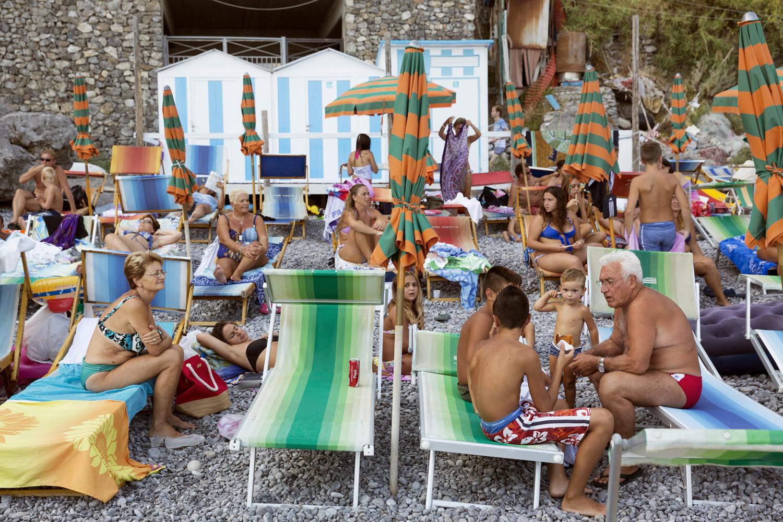 The Amalfi Coast  Positano 2013, Pigment Print cm 65x90 ed. 1\10 (cm 100x150 ed. of 5) © Martin Parr / Magnum Photos / Studio Trisorio