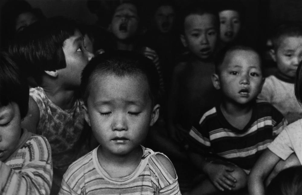 Dorothea Lange, Korean Children , Korea, 1958, cm 26x40, framed cm 55x55