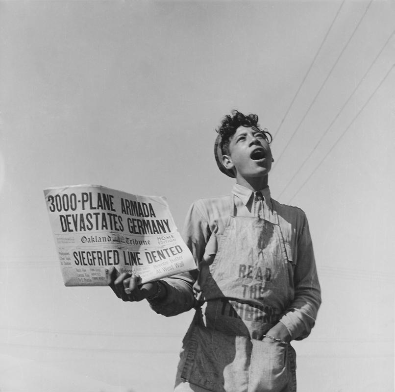 Dorothea Lange,  Newspaper Boy , California, 1944, vintage print, cm 20,3x20,3, framed cm 45,5x45,5