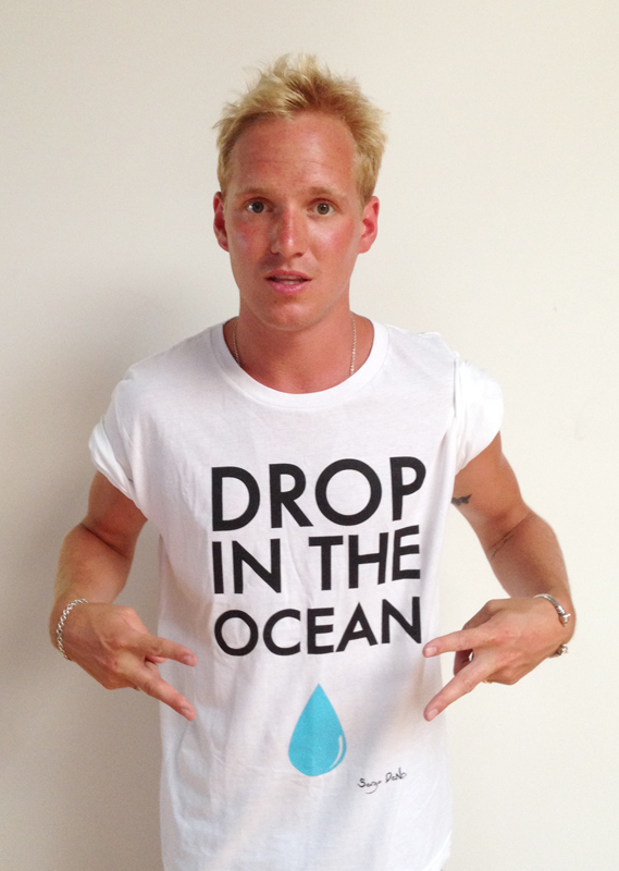 Jamie shows offEJF's 'Drop in the Ocean' t-shirt for his fans.
