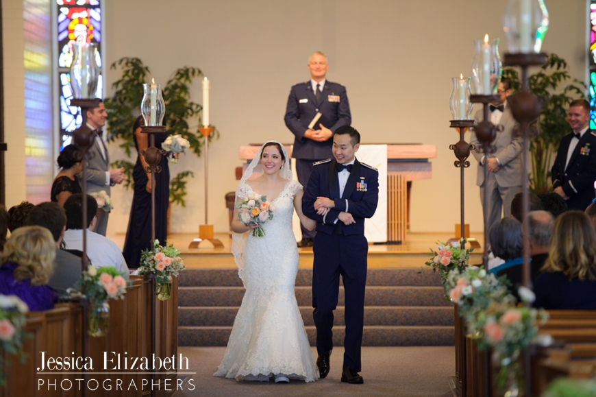27-Redondo-Beach-Library-Wedding-Photography-Jessica-Elizabeth-Photographers-JET_1855_-w.jpg