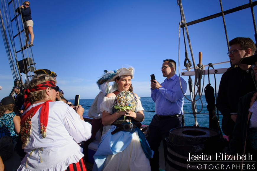18-Tallship-American-Pride-Wedding-Long-Beach-Jessica-Elizabeth-Photographers-JET_2896_-w.jpg