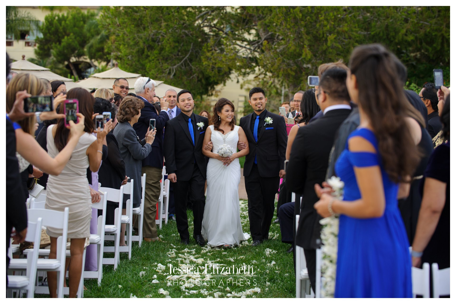 09-Terranea-Palos-Verdes-Wedding-Photography-by-Jessica-Elizabeth-w.jpg