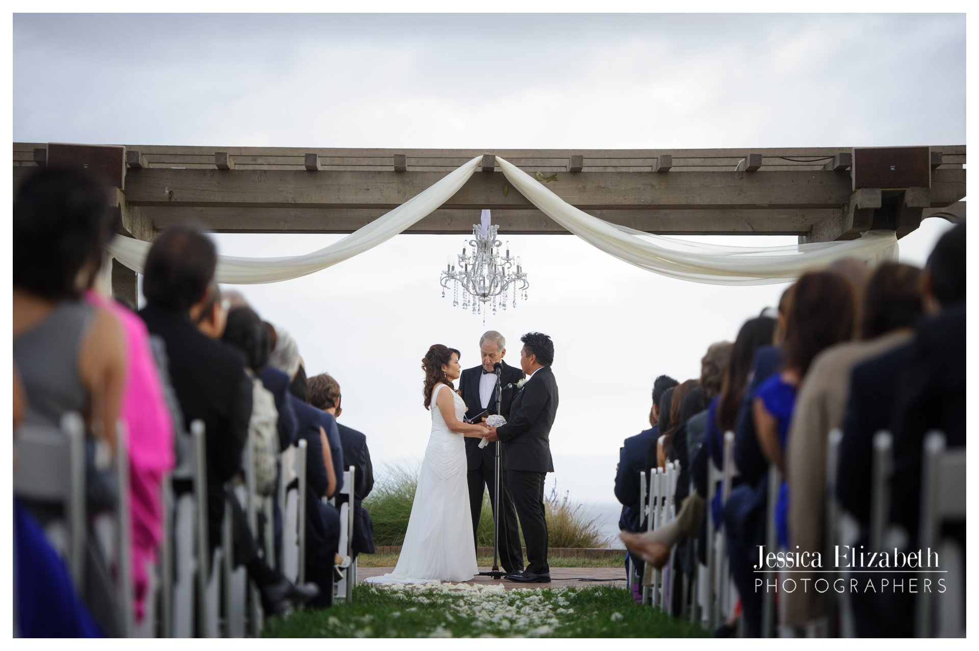 12-Terranea-Palos-Verdes-Wedding-Photography-by-Jessica-Elizabeth-w.jpg