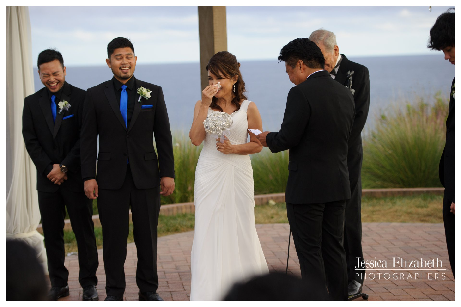 18-Terranea-Palos-Verdes-Wedding-Photography-by-Jessica-Elizabeth-w.jpg