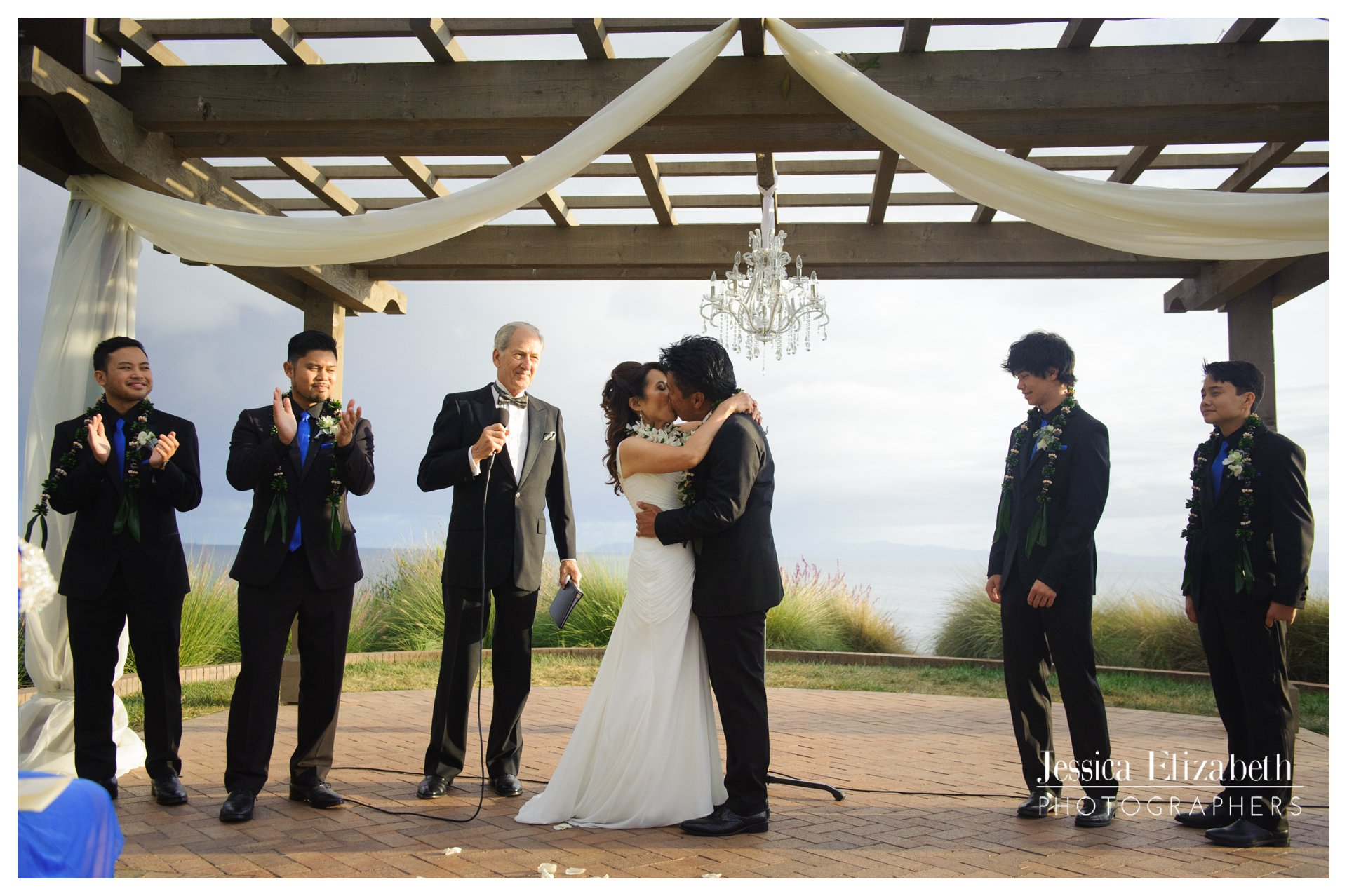 25-Terranea-Palos-Verdes-Wedding-Photography-by-Jessica-Elizabeth-w.jpg