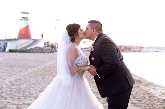 Happy One Month to @nataliemccarty_  and @nick.mccarty_ 💖 💍  Amazing Vendor Team: Venue: Marina Park (@cityofnewportbeach ) Photographer: Jessica Elizabeth Photographers (@jessicaelizabethphoto ; @Rob_tran ; @joel_austell )  Cinematographer: Kalet Productions (@kaletcinema) Coordinator: Grace & Gold Events (@graceandgoldevents) Hair & Make-Up: Swell Beauty (@swellbeauty) Officiant: Great Officiants (@greatofficiants)  Floral: Bella Blooms (@bellabloomsfds) DJ: Livinh Events (@djlivinh) Men's Attire: Friar Tux (@Friar Tux)  Catering: Lighthouse Cafe (@lighthousecafenb) Wedding Gown: Bellasposa Bridal (@bellasposawedding) Hair Extensions: Bellami Hair (@bellamihair) Dress: @essenseofaustralia