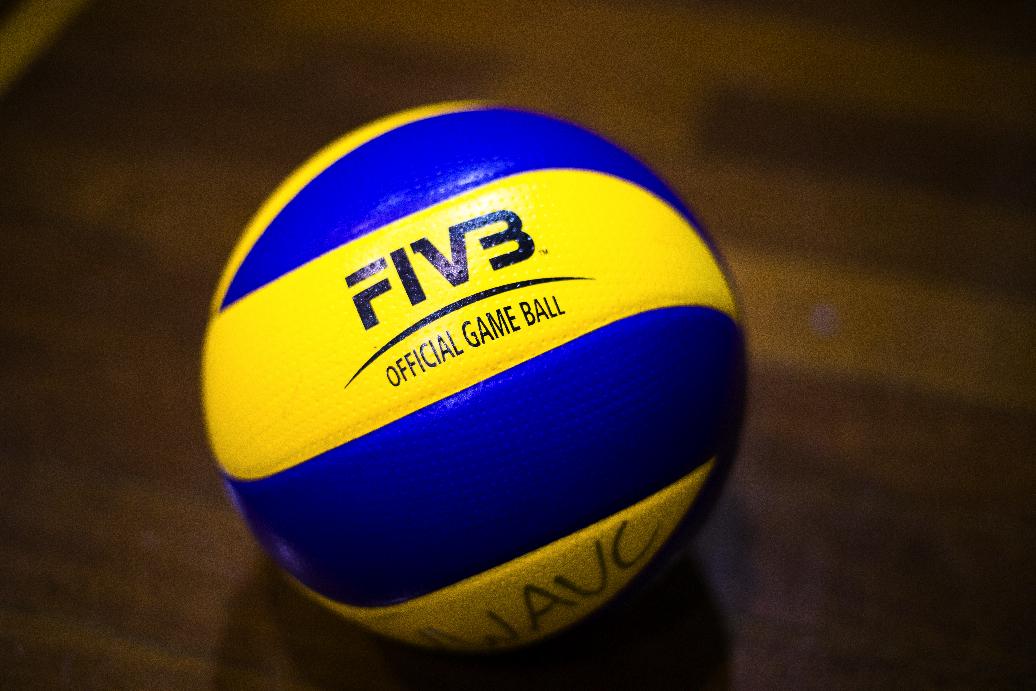 ball-small.jpg