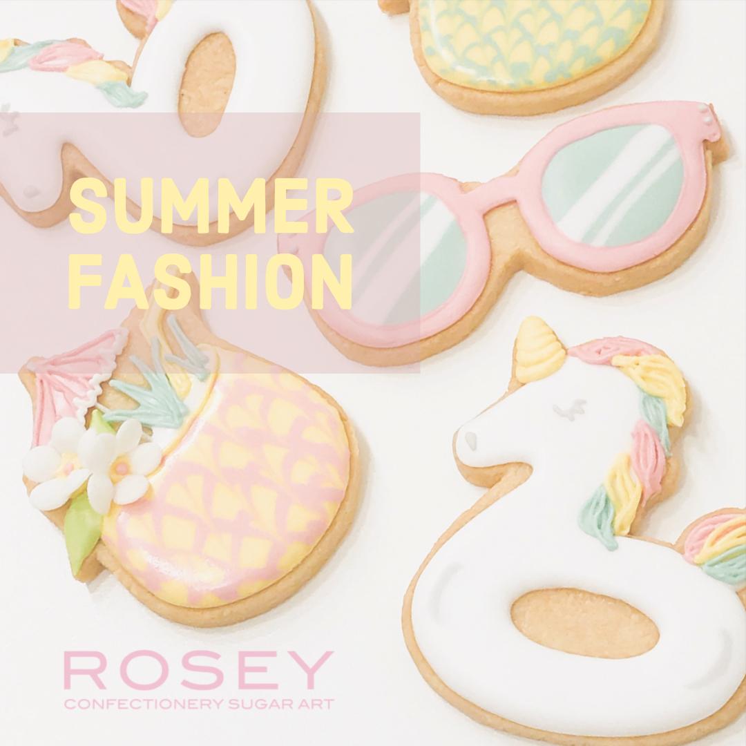 """""""SUMMER FASHION""""  レベル:★☆☆  終了しました☆  浮き輪やサングラスなど、見ているだけで楽しくなるようなかわいいビーチファッションの小物を中心にデコレーションします。"""
