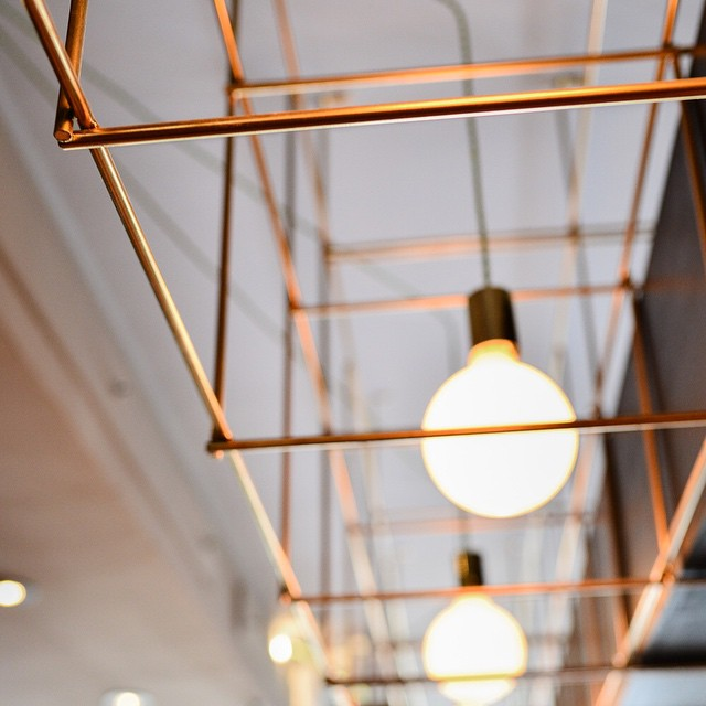Laiton X Lumière  Brass X Light  Designed by @fnymtl for Shinji Bar  #mtldesign #handmade #brass #madeinmontreal #designmtl #lighting #shinjibar #F&Y