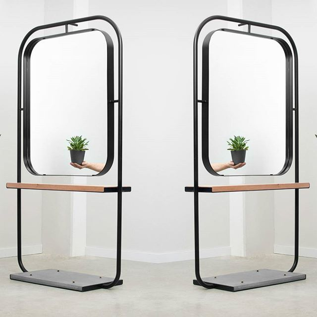 Meuble miroir développé pour notre projet les Coiffeuses. // Standing mirrors designed for our project Les Coiffeuses  Design: F&Y Credit photo: Le Quartier  #designMTL #designmontreal #mobilier #lequartier #lescoiffeuses💇🏻💇💇🏼😘 #st-laurent #mtldesign #bois #wood #mirror #steel #metal #concrete #beton #furnituredesign #furniture  Merci @martflamand pour les photos!!