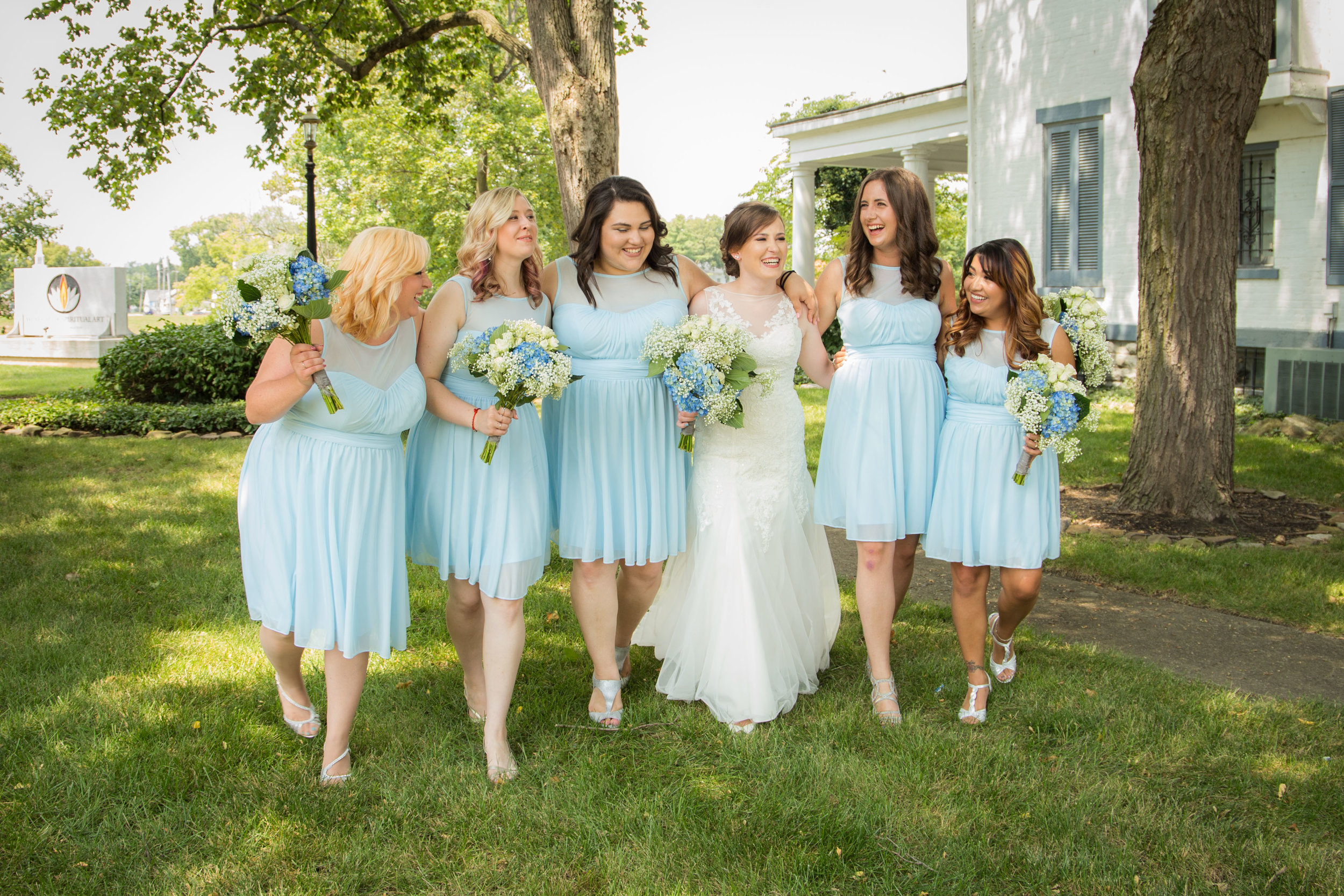 The bride and her gorgeous bridesmaids.