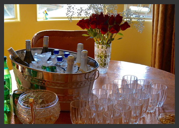 bridal-shower-beverage-bar