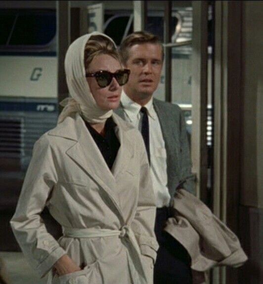 Audrey Hepburn's Belted Trench Coat in Breakfast at Tiffany's - The Forerunner!