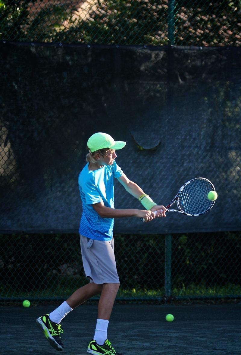 gomez-tennis-academy-Blu.jpg