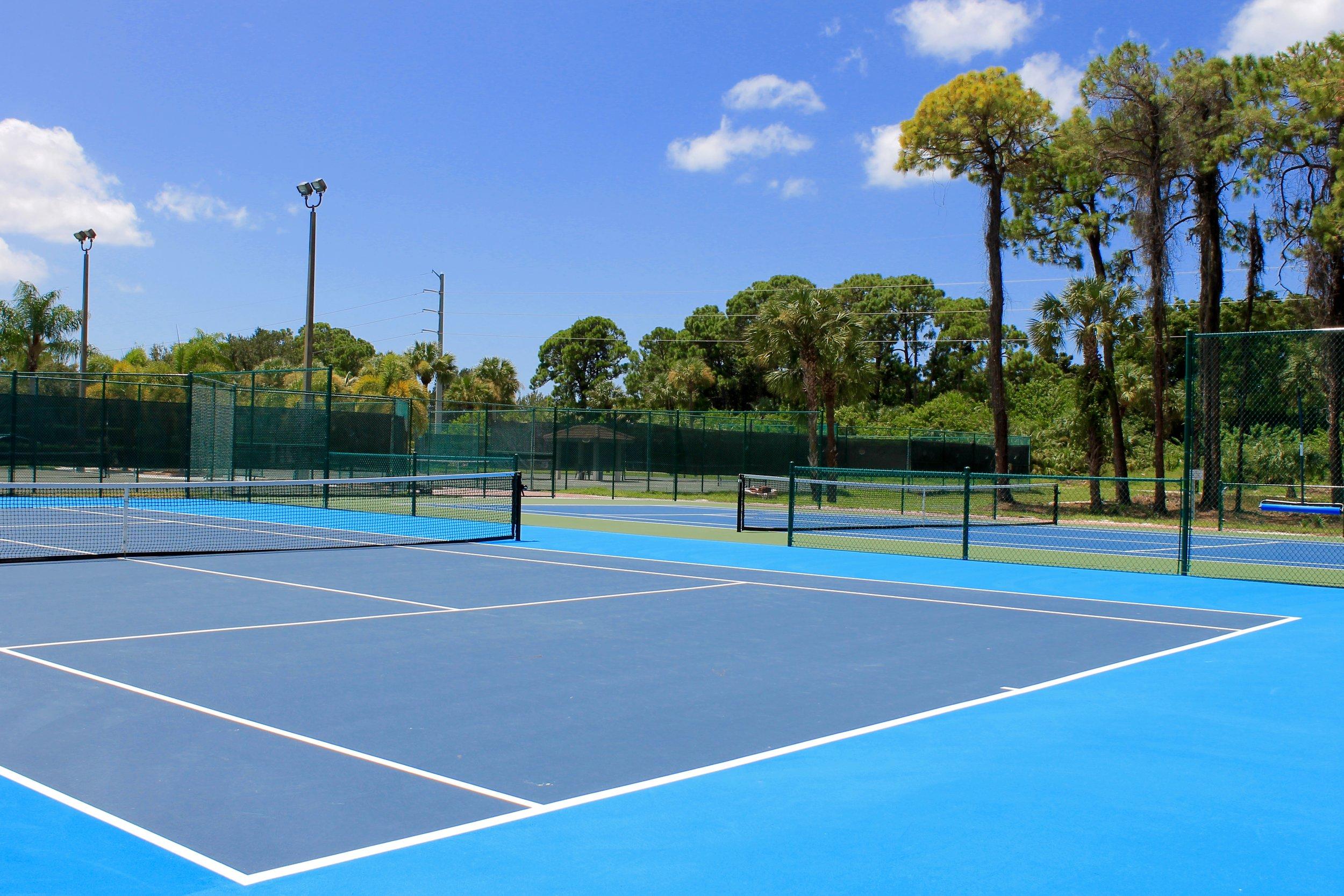 gomez-tennis-academy-naples-florida-hard-courts.jpg