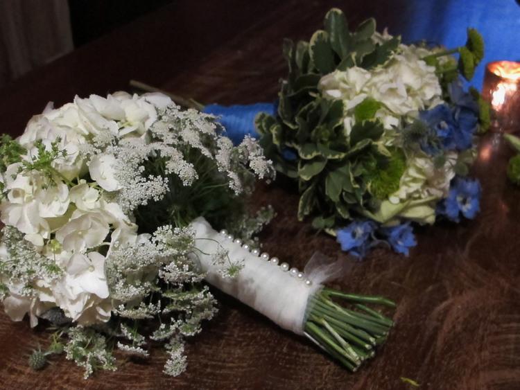 bouquet+white+blue.jpg
