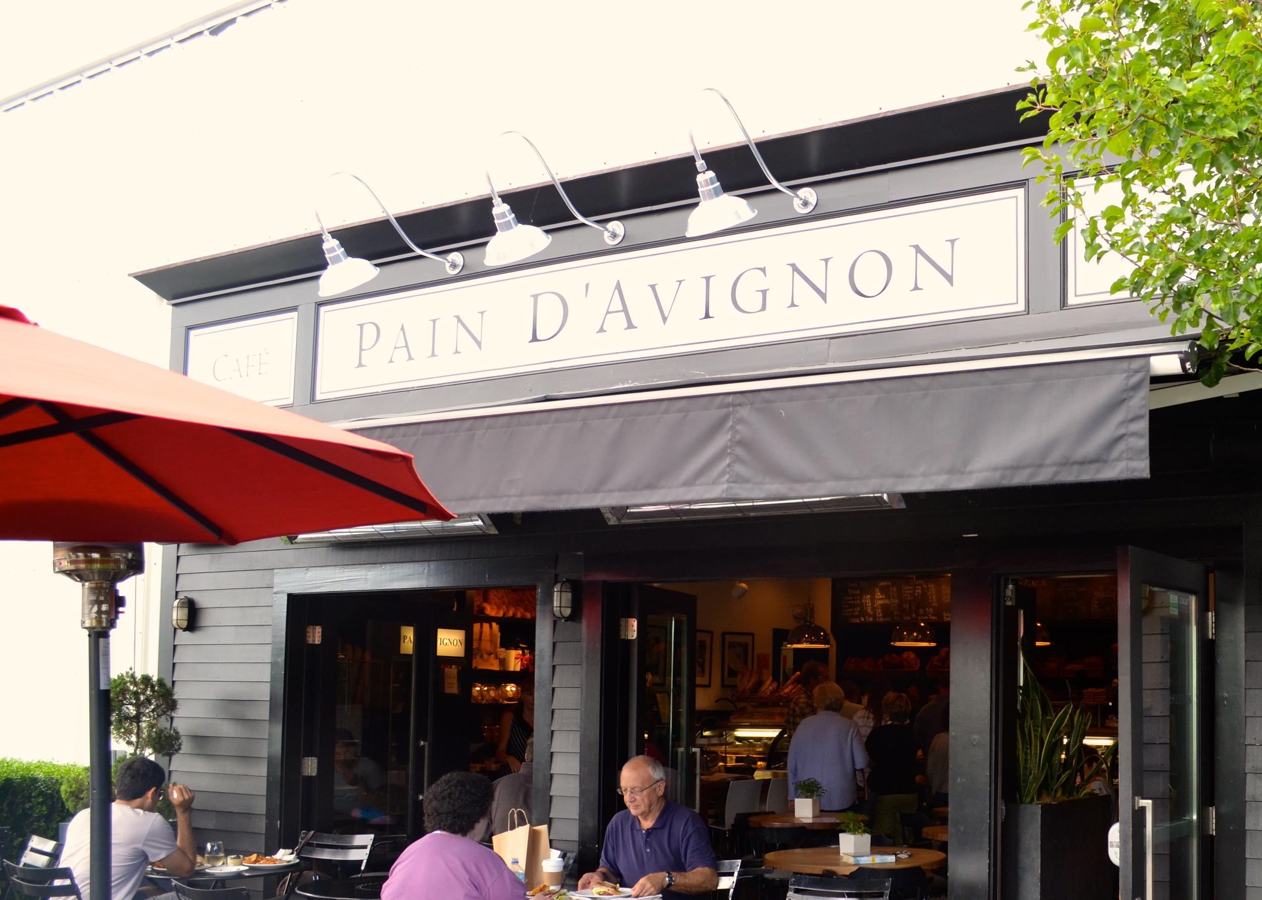 Pain D'Avignon, Hyannis