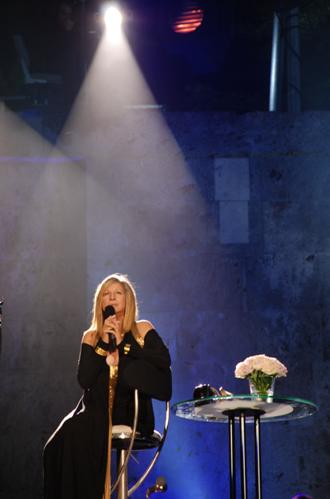 Streisand %22BackToBrooklyn%221.jpg
