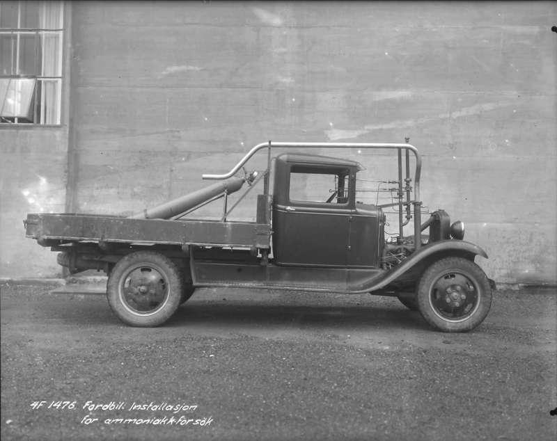 På begynnelsen av 30-tallet ble det også eksperimentert med hydrogendrift av kjøretøy i regi av Norsk Hydro på Rjukan. En Ford AA ble benyttet til prosjektet.