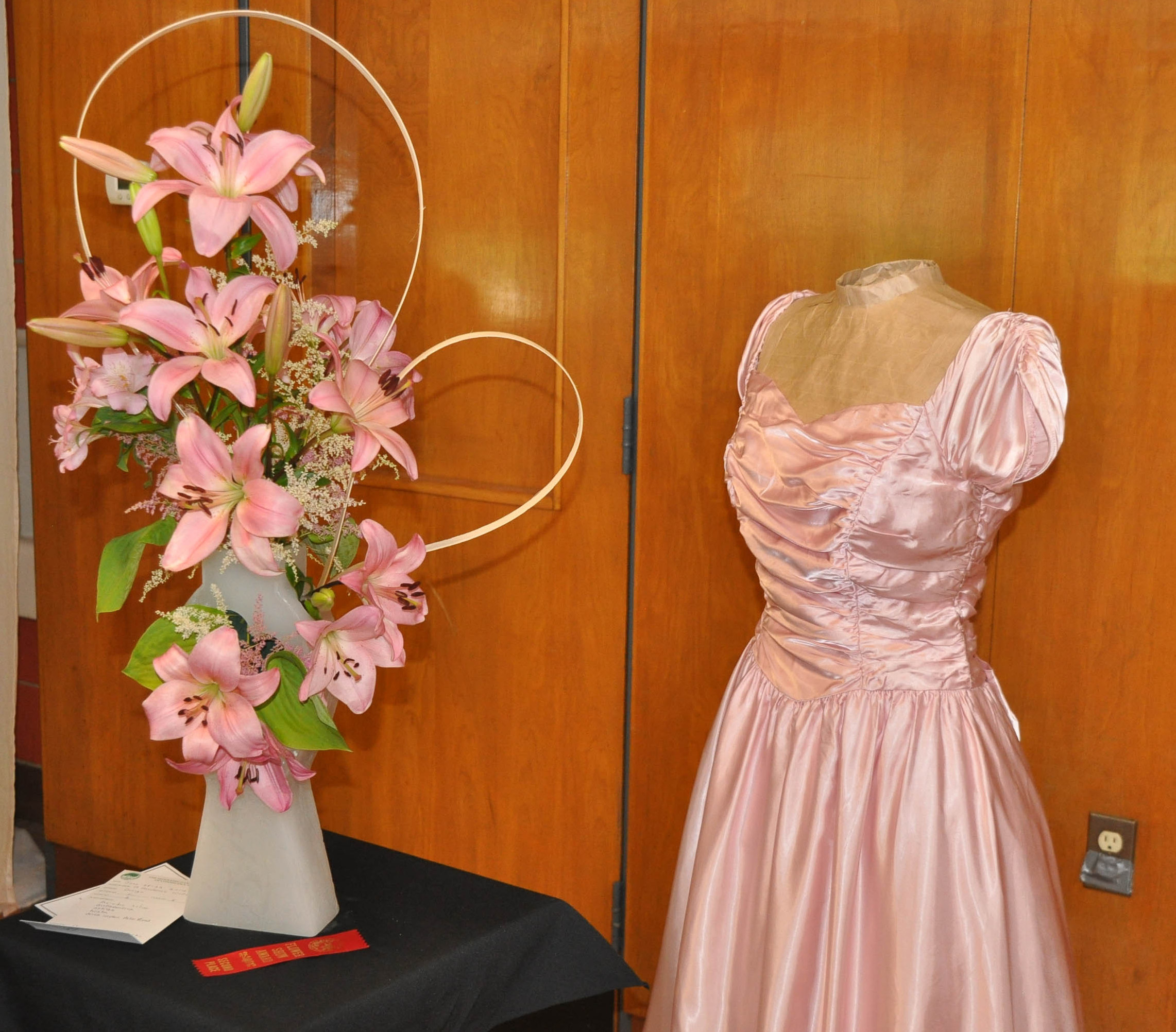 6arrangement and wedding gown2 cr.jpg