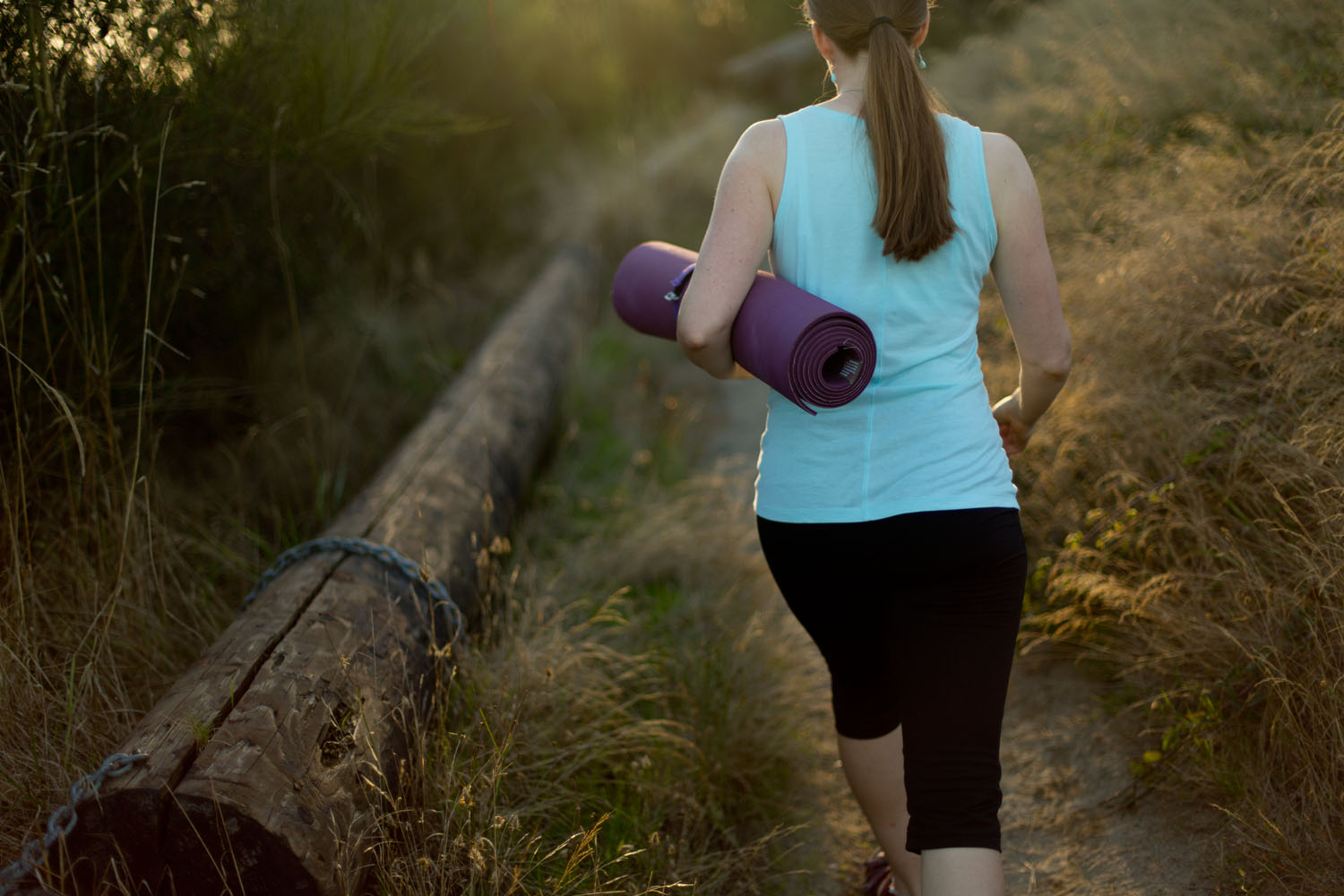 Lifestyle: Darcey Miller walking to practice yoga at Discovery Park, Seattle