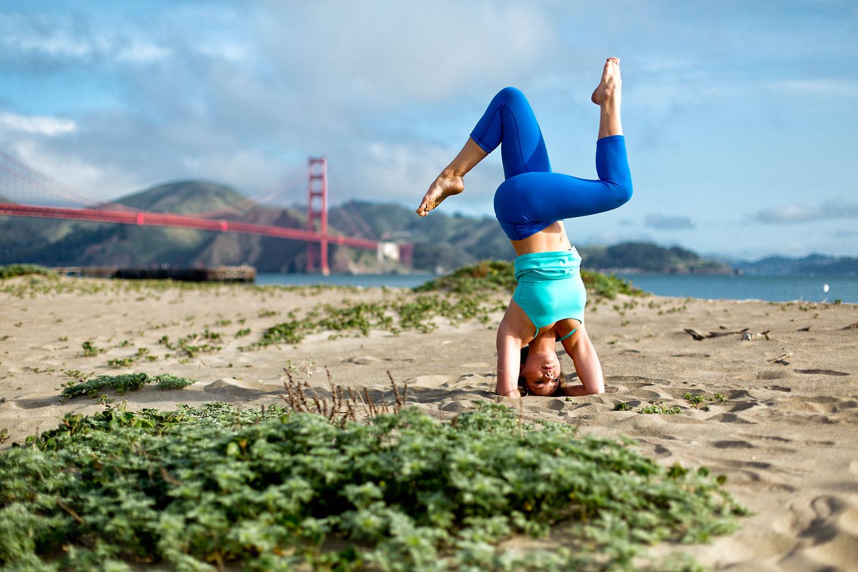 Lifestyle: Chelsea Thomas practicing yoga near the Golden Gate Bridge, San Francisco