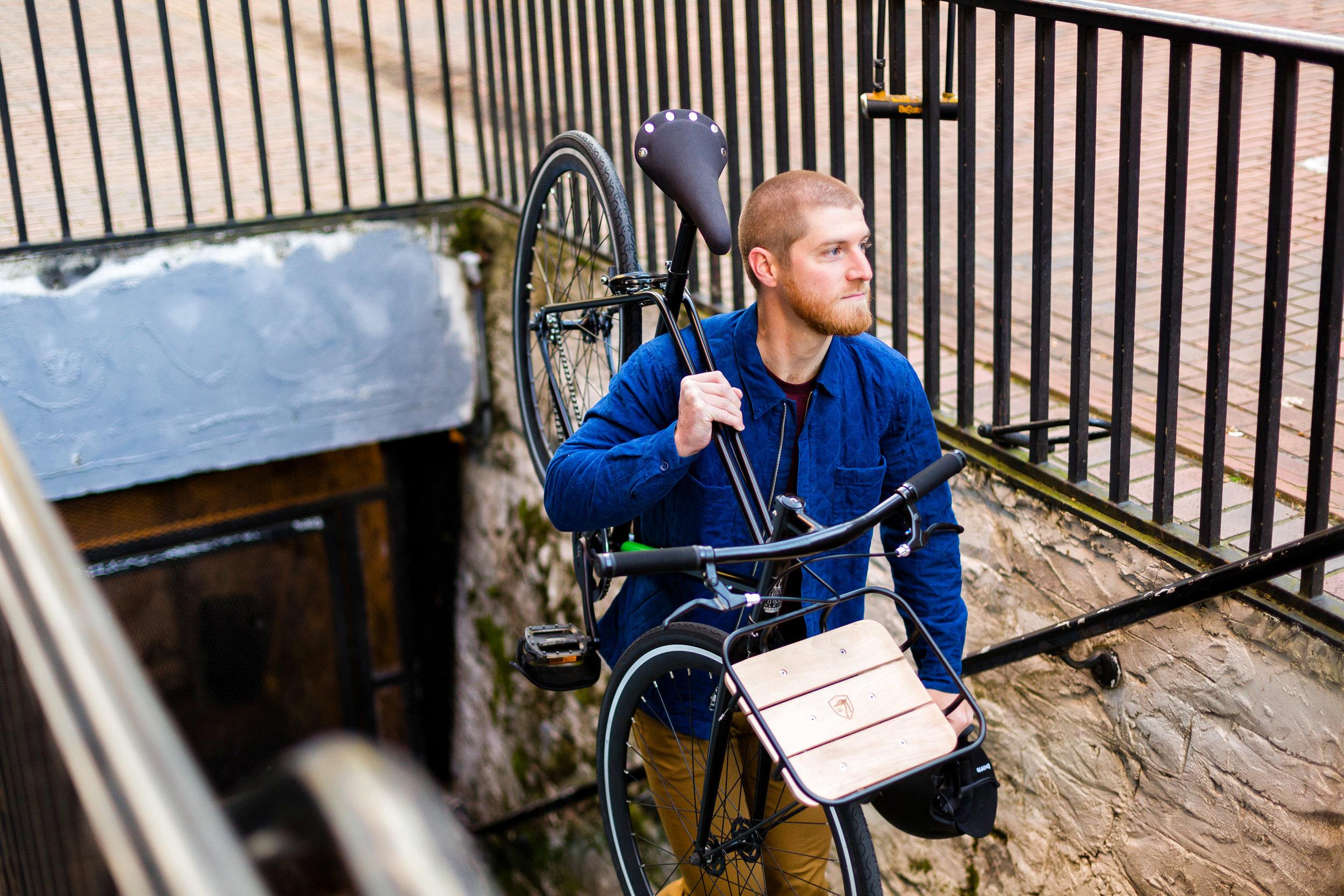 Lifestyle: Urban lifestyle and biking in Pioneer Square, downtown Seattle, Washington