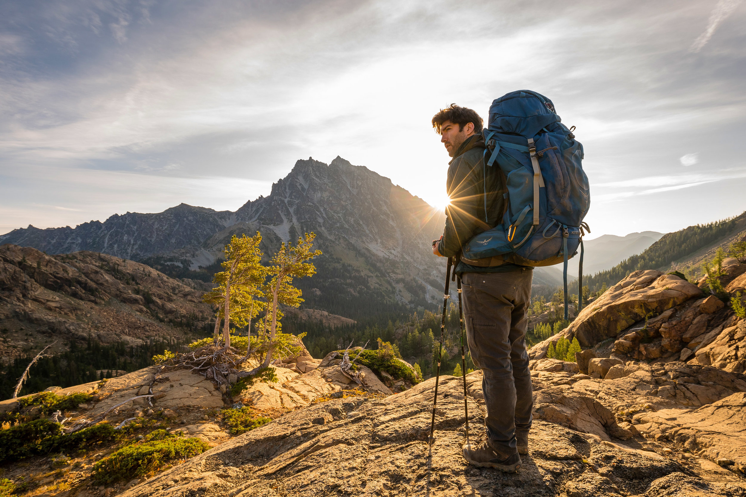 Adventure: Hiking in the Alpine Lakes Wilderness in summer, Washington