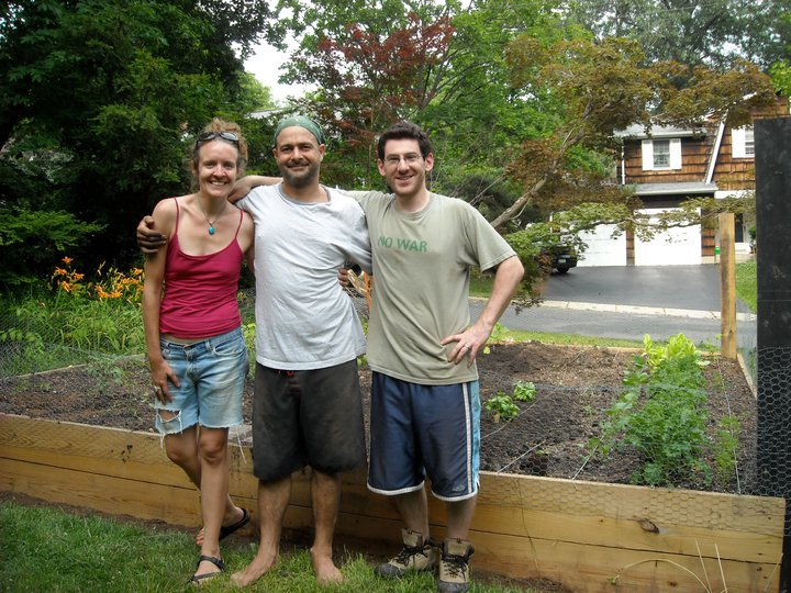 We love friends.               Gardens can bring old friends together in new ways, and new friends together in old ways...Sometimes it takes a community to create a successful garden, just as in so many ways a garden can help to create a successful community. Share the bounty, share the meals, share the love.