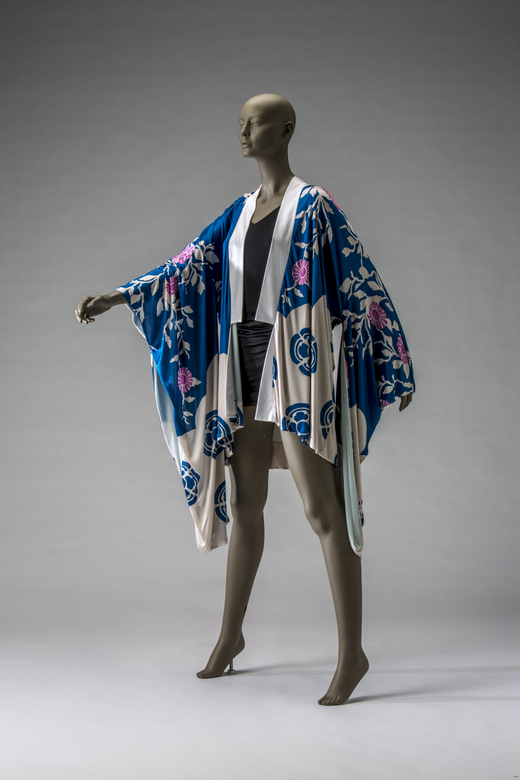 Refashioning the Kimono, from Fine Art to Pop Culture