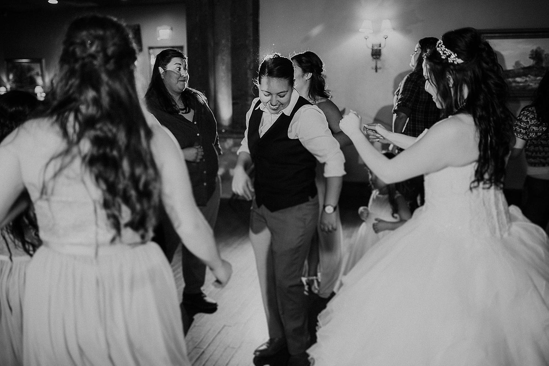 Alicia+lucia+photography+-+albuquerque+wedding+photographer+-+santa+fe+wedding+photography+-+new+mexico+wedding+photographer+-+angel+fire+wedding_0065.jpg