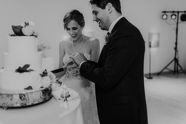 Alicia+lucia+photography+-+albuquerque+wedding+photographer+-+santa+fe+wedding+photography+-+new+mexico+wedding+photographer+-+gerald+peters+gallery+wedding_0068.jpg